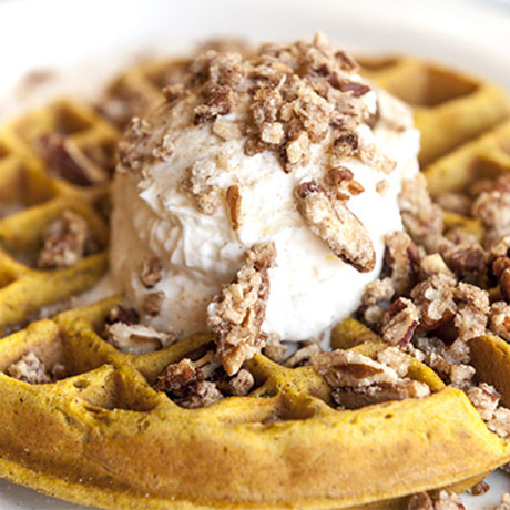 waffle with caramelized pecans
